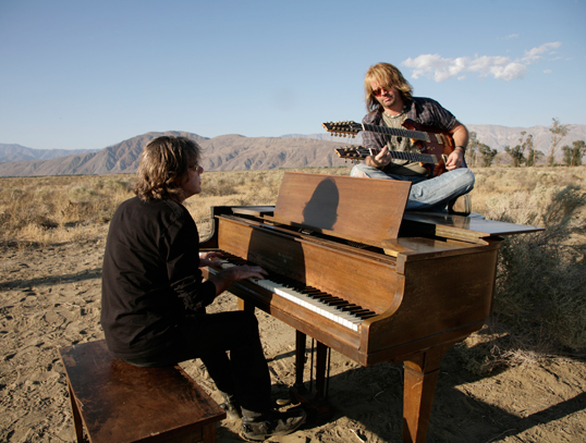 Keith Emerson & Marc Bonilla rehearsing for the video. Photo courtesy of Michael Tweed.